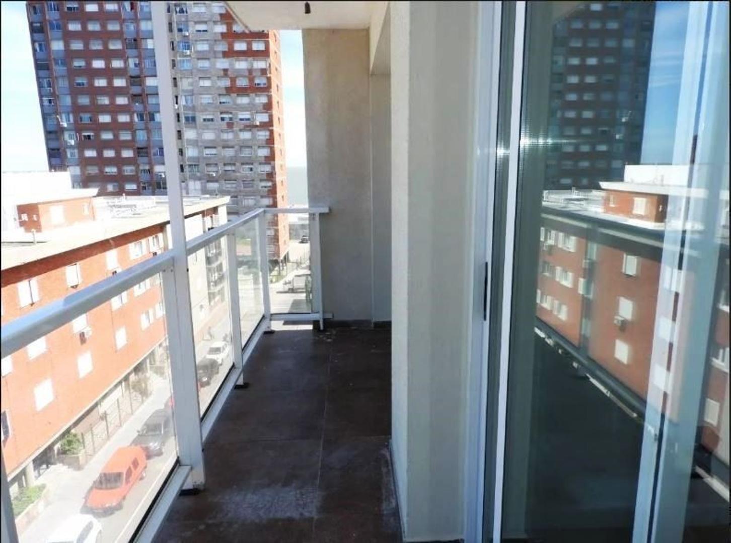 Departamento - 83 m² | 2 dormitorios | 40 años