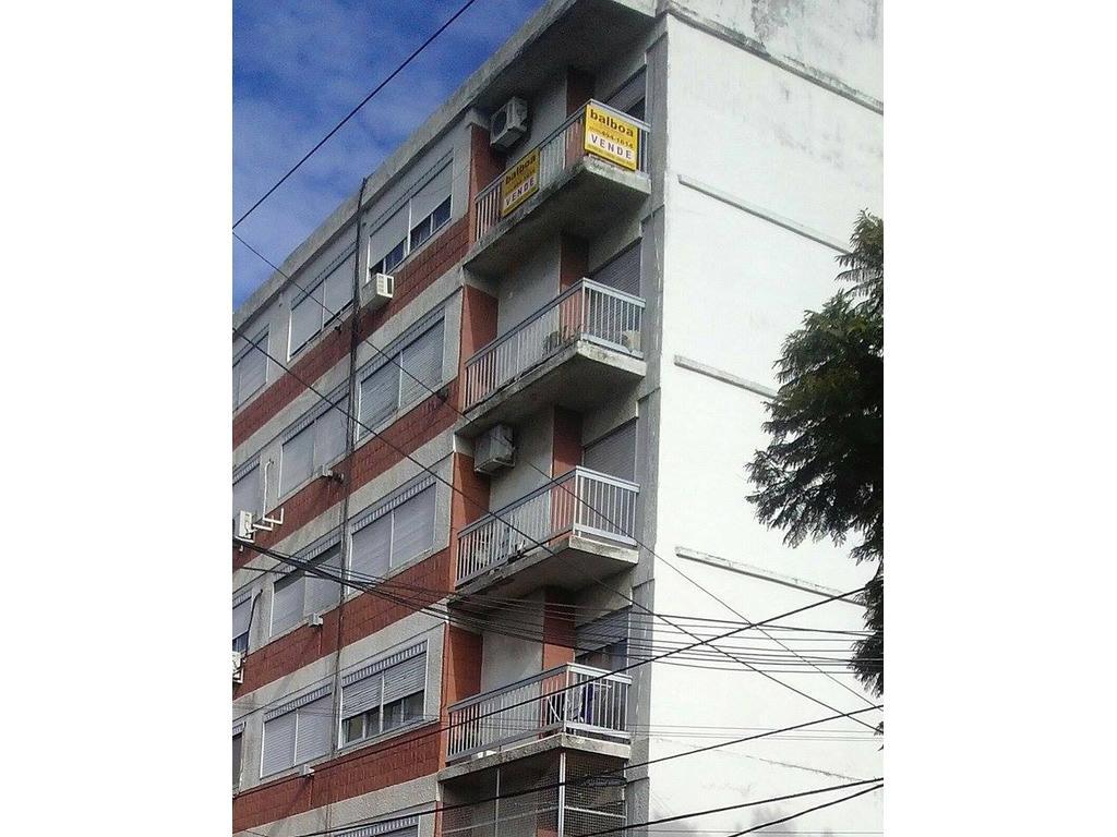 Departamento En Venta En Rodriguez Pe A Esq Av Gaona 318 Ramos  # Muebles De Campo Gaona