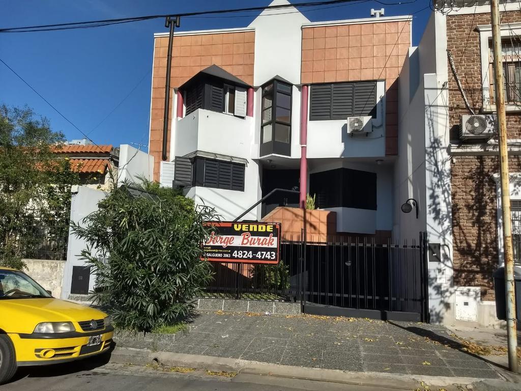 EXCEPCIONAL CASA EN VENTA DE GRAN CATEGORIA