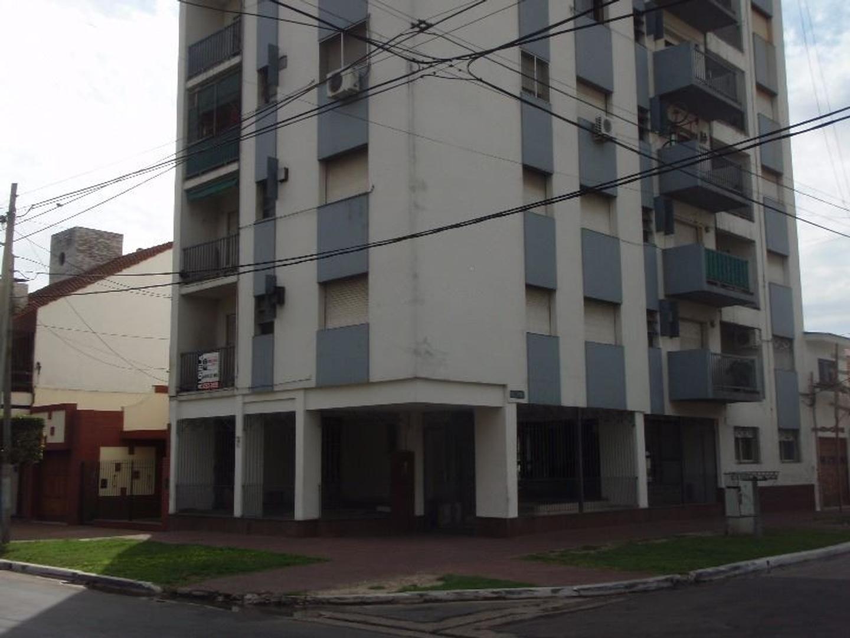Departamento 2 ambientes con balcón.  Ideal inversor (Alquilado)