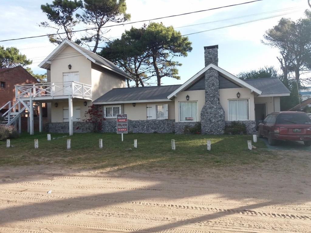 En Venta y Alquiler, Casa en Villa Gesell, Barrio Norte