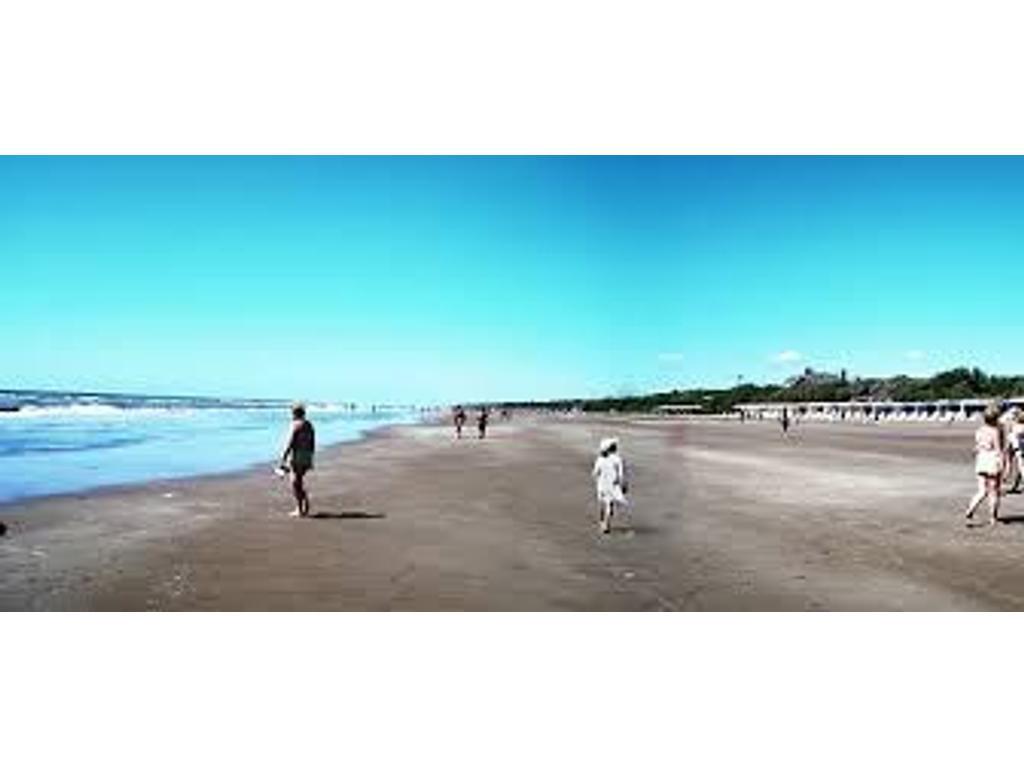 Costa del Este super ubicac lote 496m2 u$s 46000 oport unica