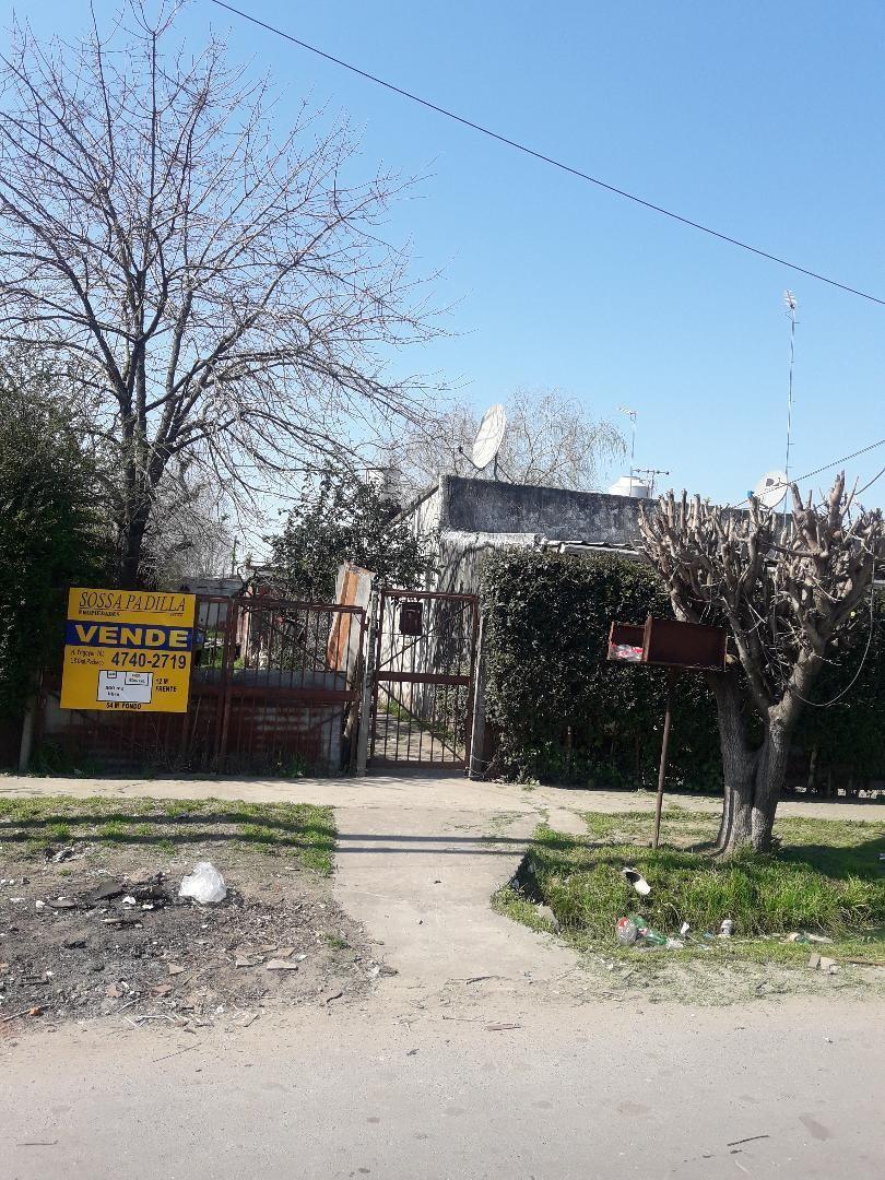 Casa en Venta en Lopez Camelo - 4 ambientes