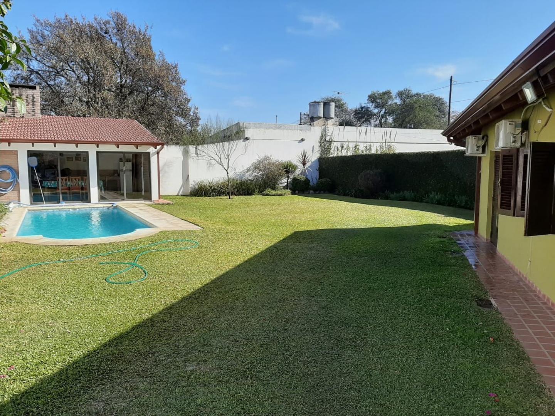 Casa en Venta en Villa Quizquizacate
