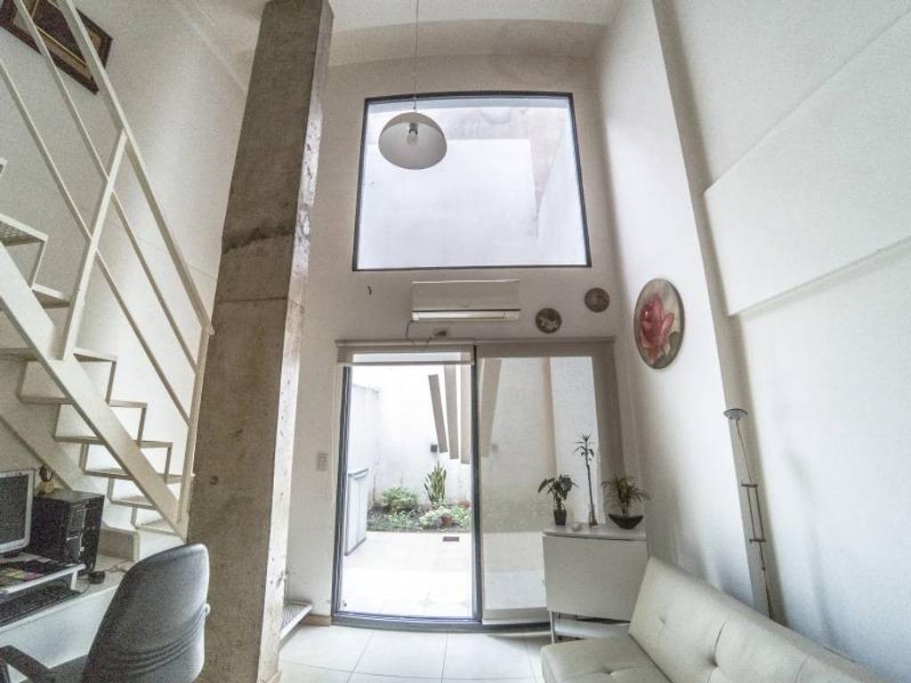 Impectable Duplex con Patio - Almagro