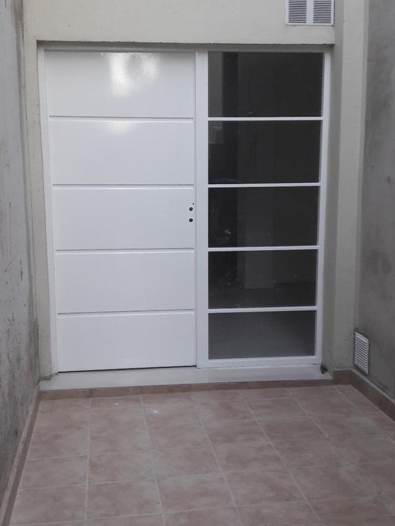 Departamento tipo casa Av. Mosconi 2300