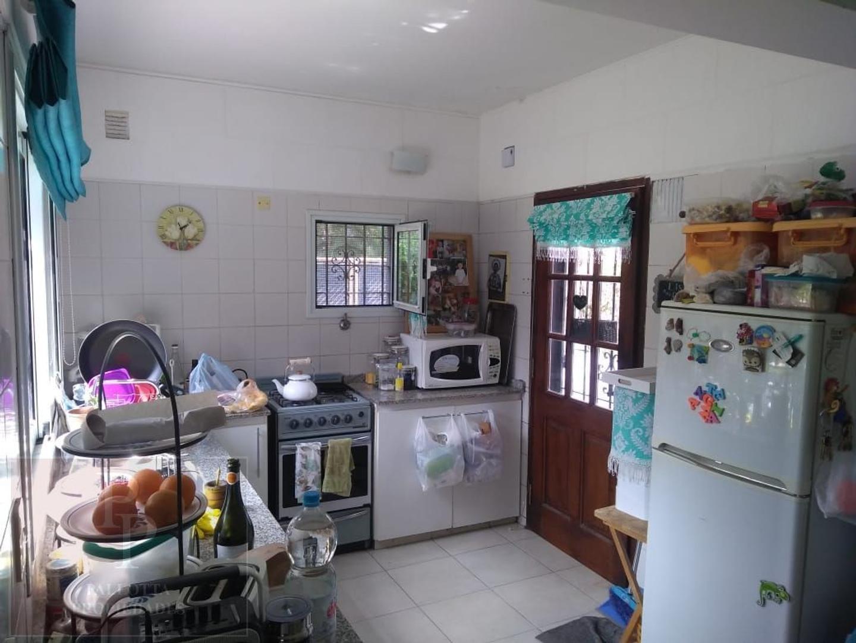 Casa - 105 m²   4 dormitorios   10 años