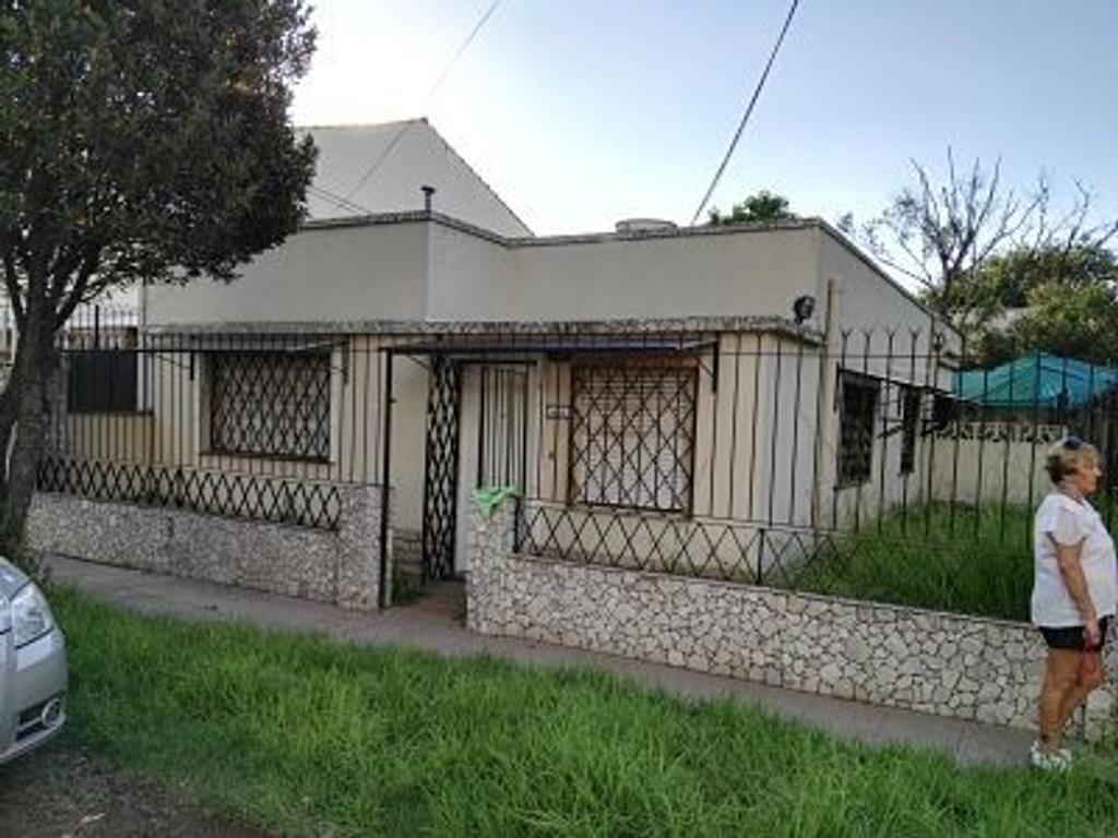 Hermosa casa en Jose C Paz