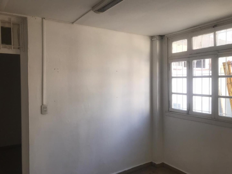 Galpon - 520 m² | 9 m | Con agua corriente