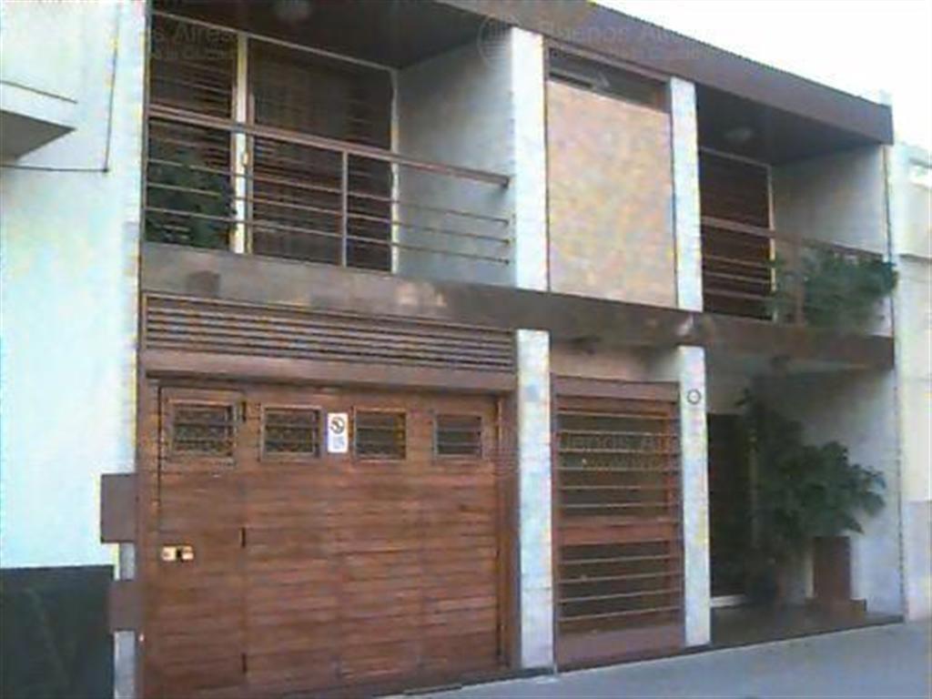 Casa s/ lote propio de 9  x 30 mts
