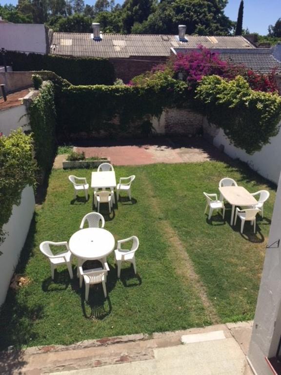 Casa de 3 ambientes c/patio, jardín y cochera - Libertad al 400, Quilmes Centro