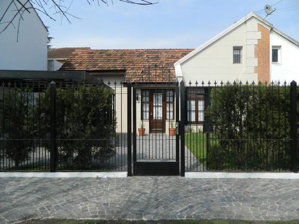 casa en venta en bartolome mitre al 2400 jose marmol