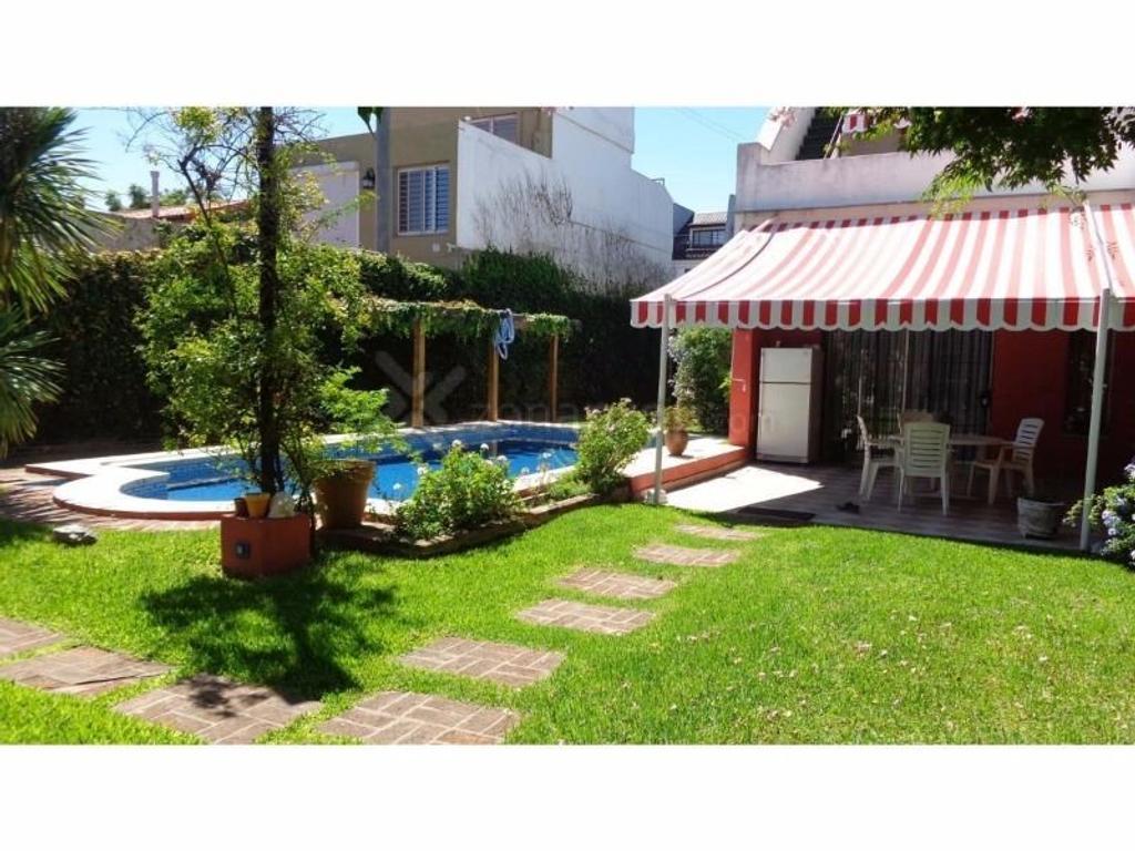 Alquiler Excelente casa apto comercial en Vicente Lopez
