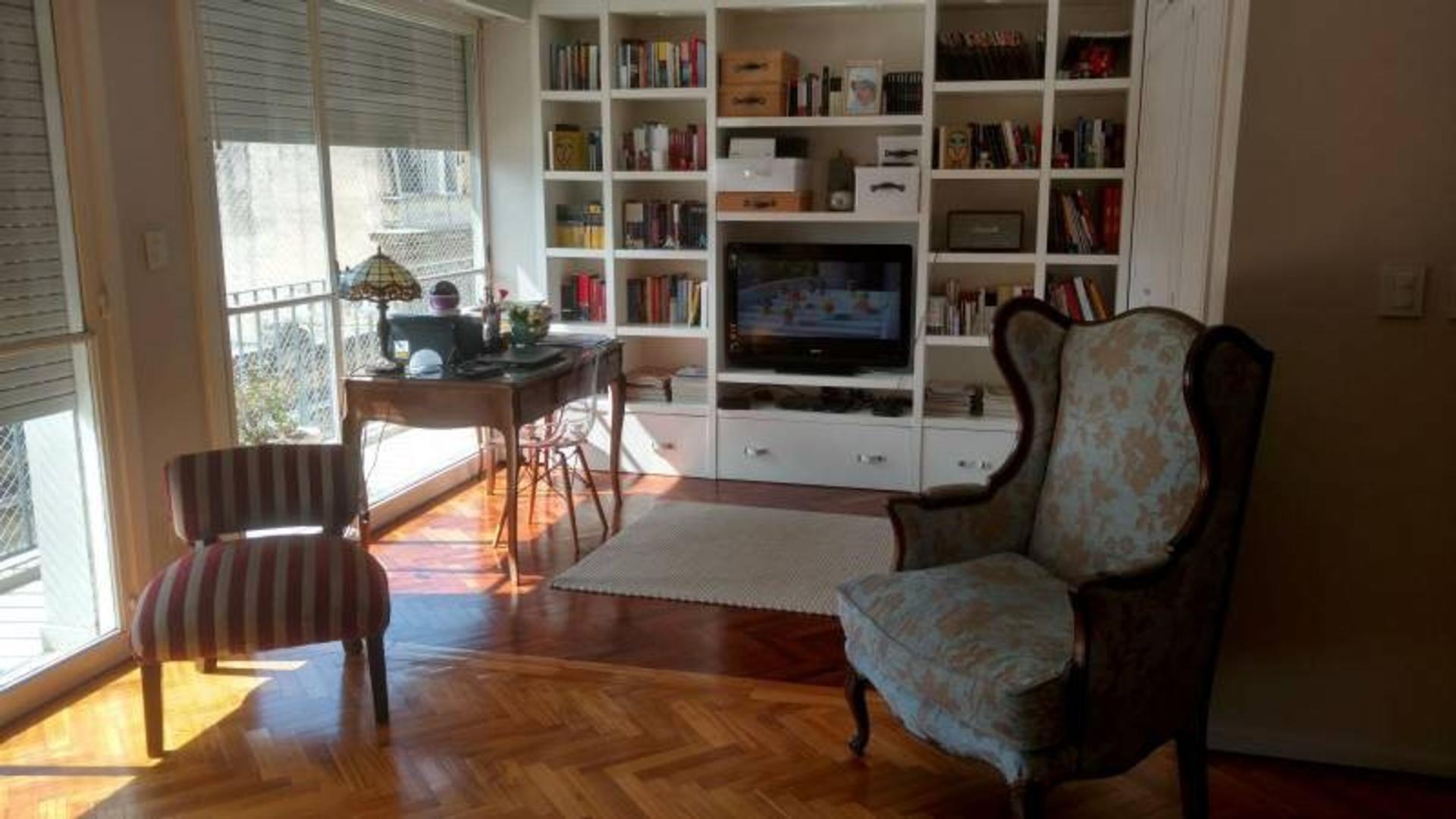 2 dormitorios con amplios ambientes a pasos de calle Córdoba