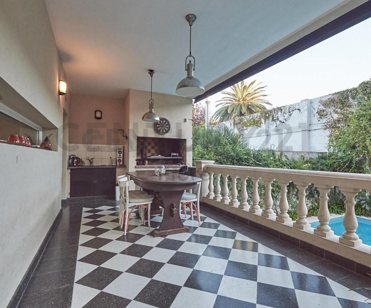 Venta Impactante Casa 5 Ambientes con Pileta Galeria y Dependencia en Olivos - Foto 22