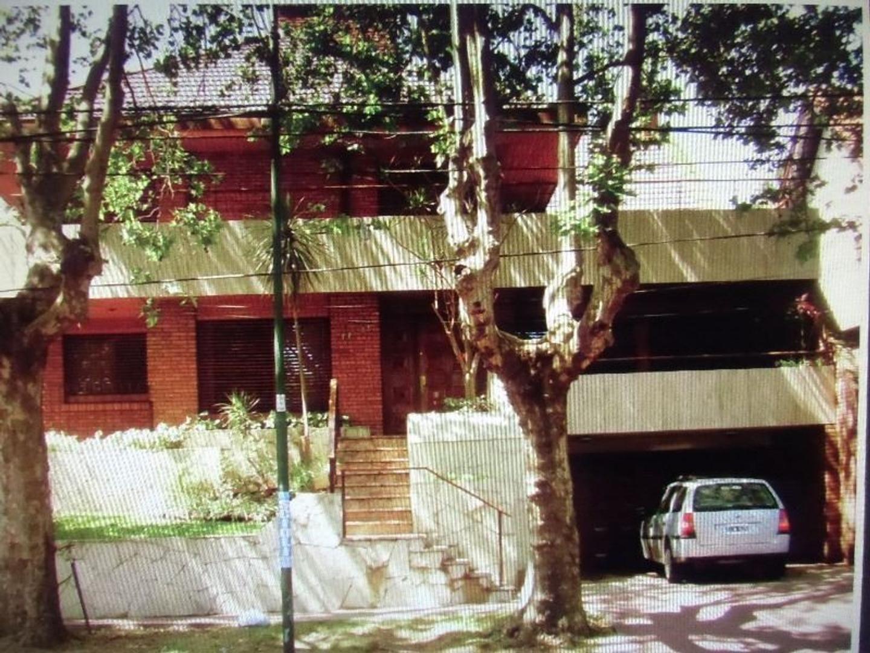 EXCELENTE CHALET EN AV. LIBERTADOR AL 17500, SAN ISIDRO, SAN ISIDRO, BUENOS AIRES.