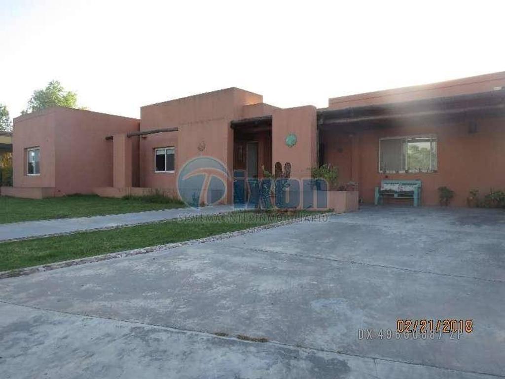 Talar del Lago 2 - Casa en Venta USD 320.000