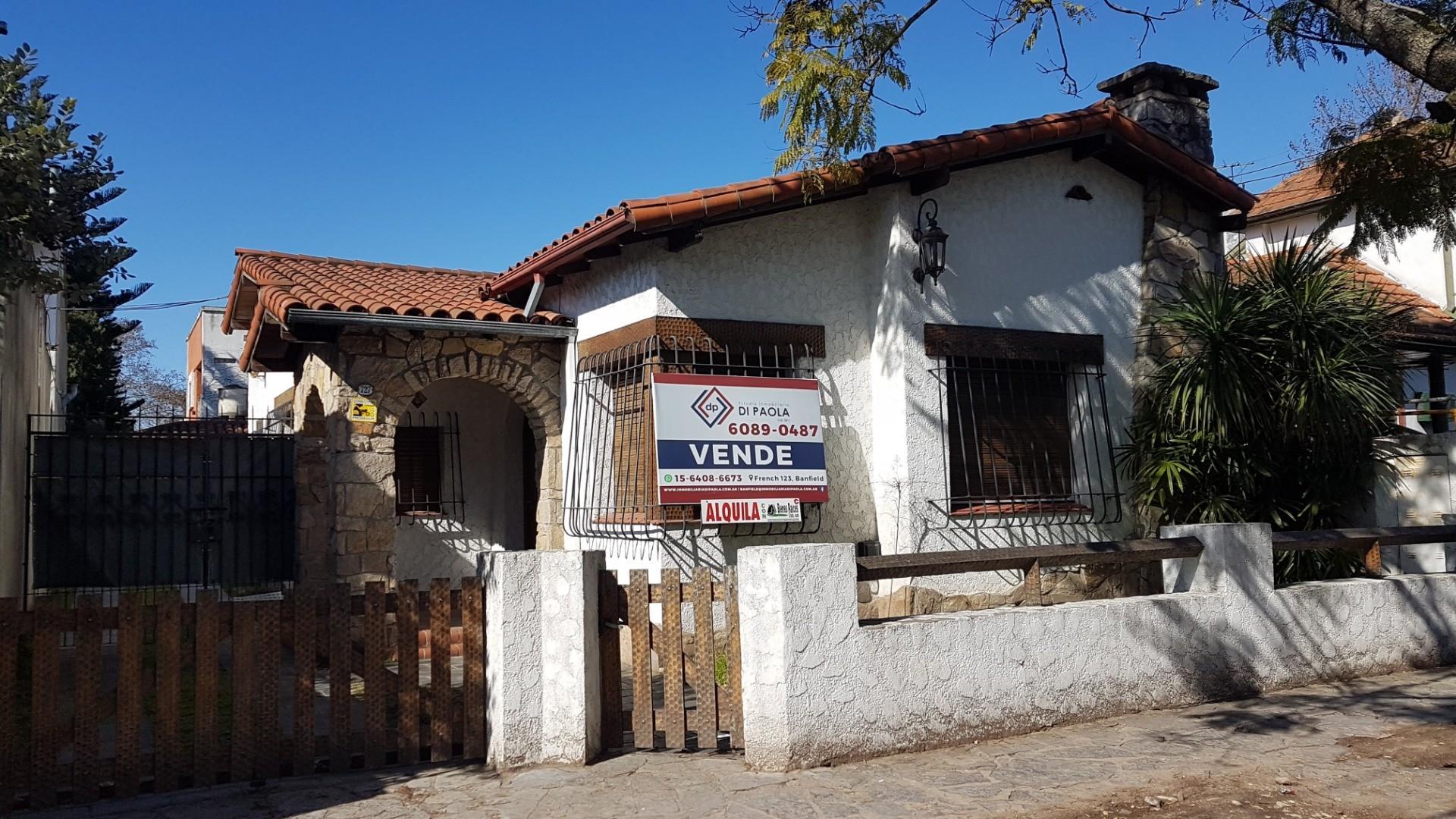 Casa en Alquiler en Lomas De Zamora - 4 ambientes