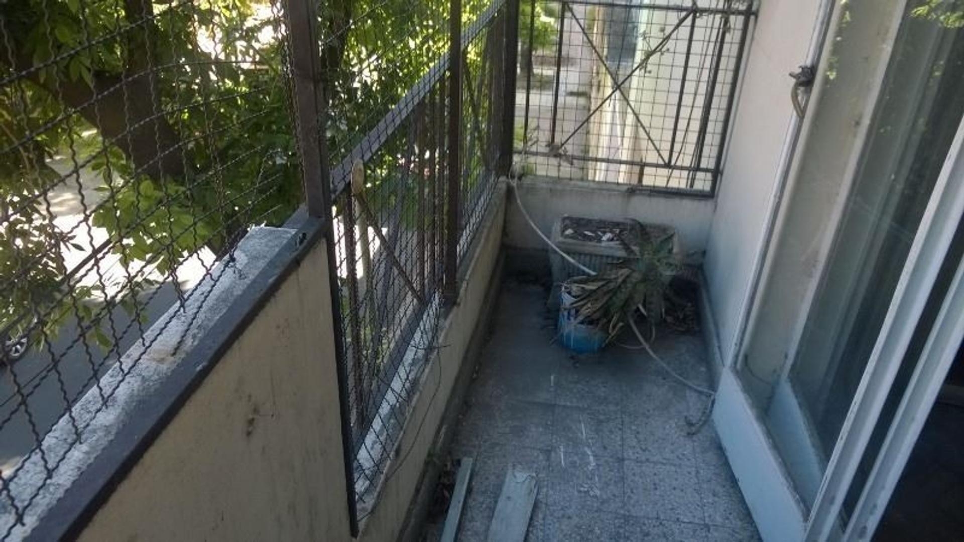 3 ambientes al frente con balcón - OPORTUNIDAD APTO CREDITO