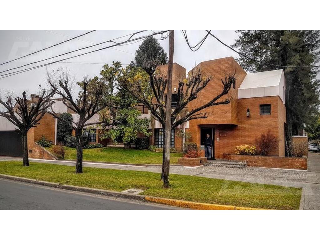 MAgnifica propiedad 5 dormitorios, Ituzaingó Sur