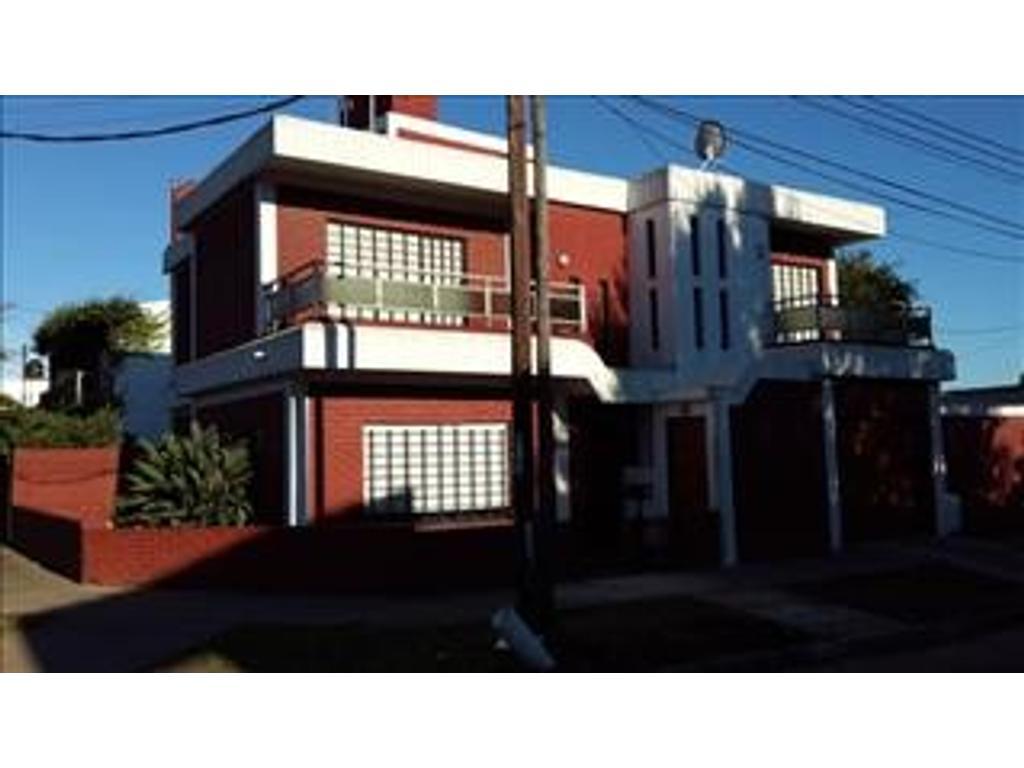 Departamento tipo casa en venta en san jose de flores 5046 for Jardin belen villa ballester