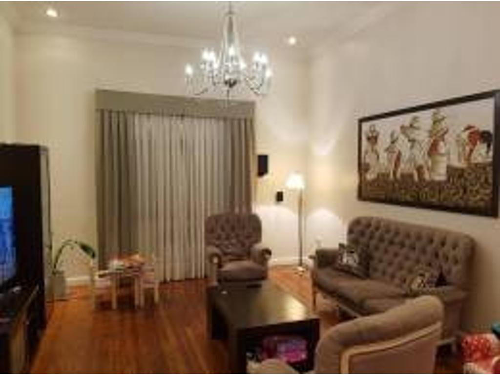 Saavedra – 4 amb – 222 m2 – Lugones 3700 – U$S 395.000