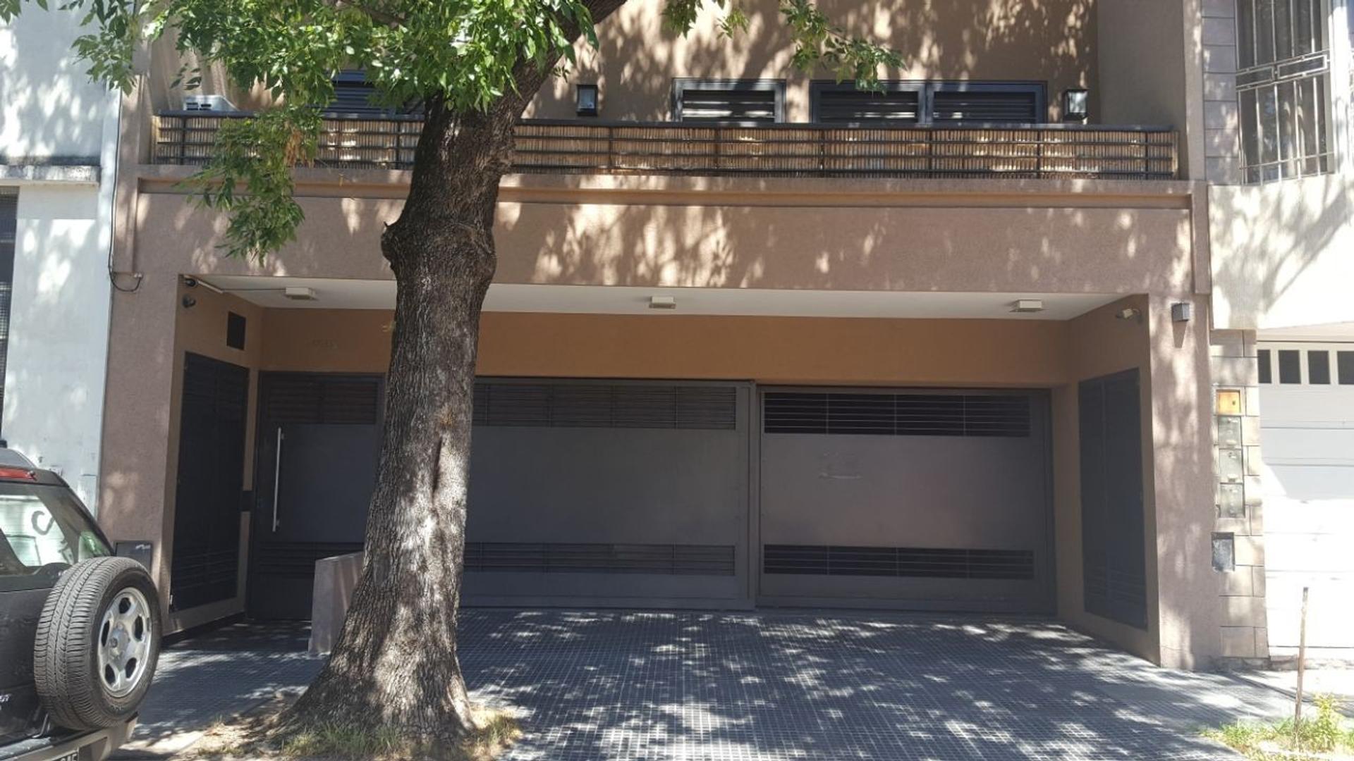 Enrique de Vedia 2000. 2 1/2 amb. Balcon. Terraza con Parrilla. Villa del Parque