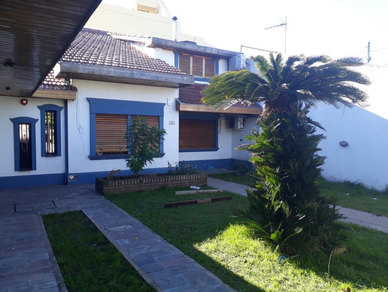 Casa en Venta en Tablada - 5 ambientes