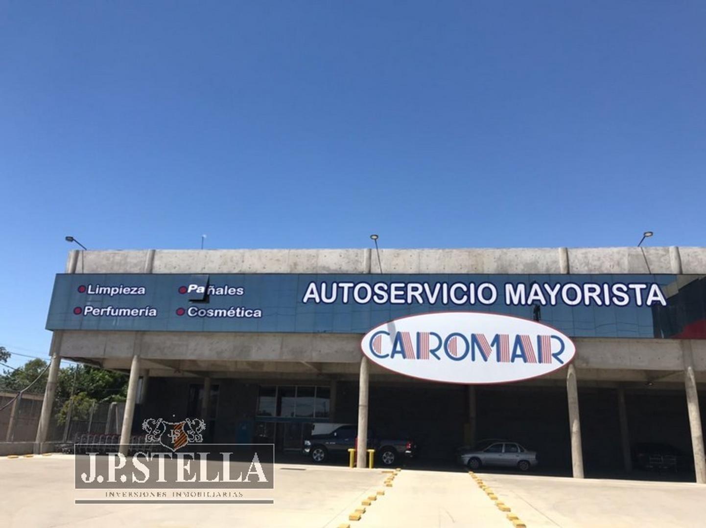 Salon/eposito 1000 m² en 1° Piso c/ Playa de Estacionamiento - Col. Acceso Oeste Km 34.200 - Moreno