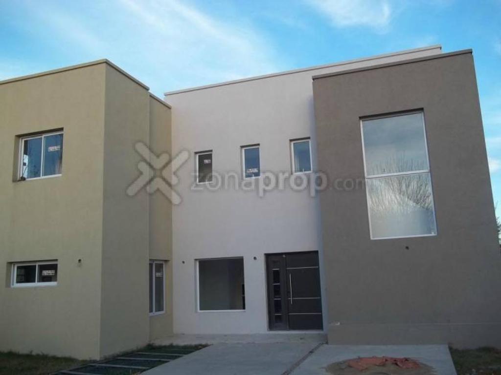 Barrio Cerrado Santa Catalina (Tigre) - Tigre - Bs.As. G.B.A. Zona Norte