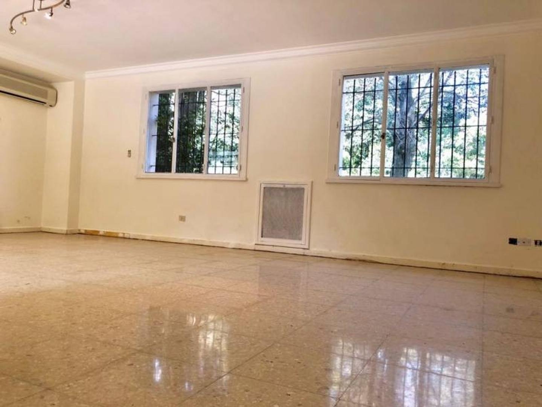 Casa - 270 m² | 3 dormitorios | 4 baños