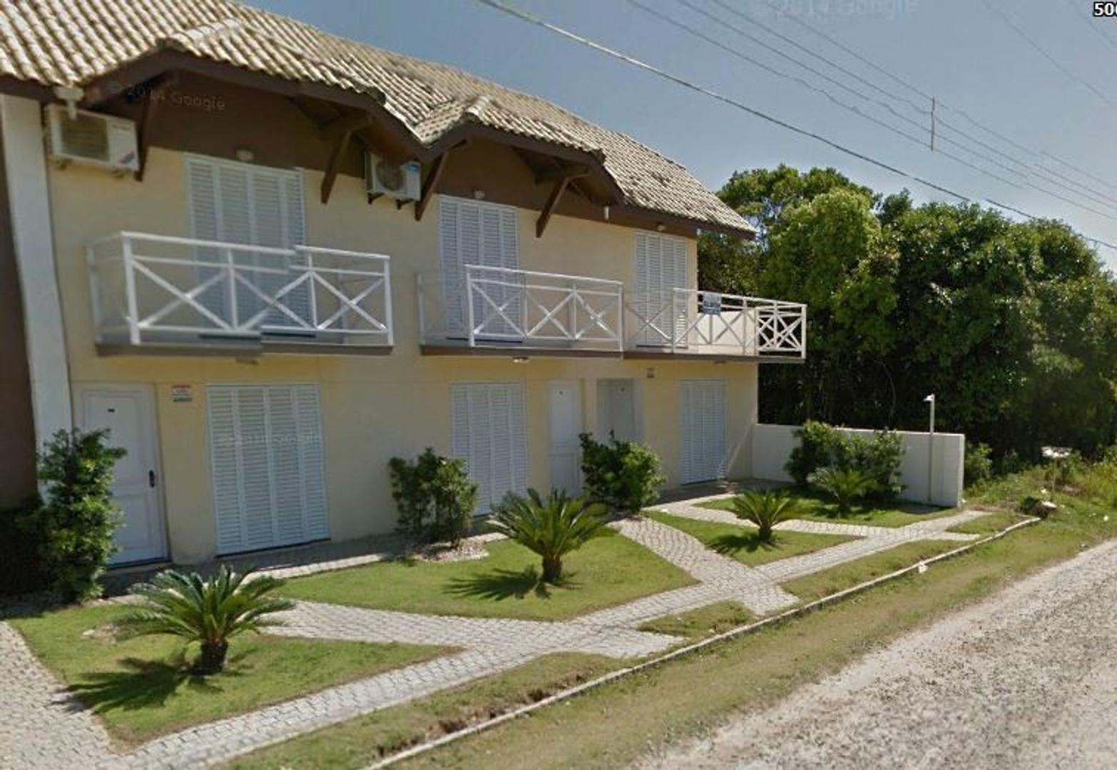 BOMBINHAS-Duplex a 190 metros de la playa de Mariscal.