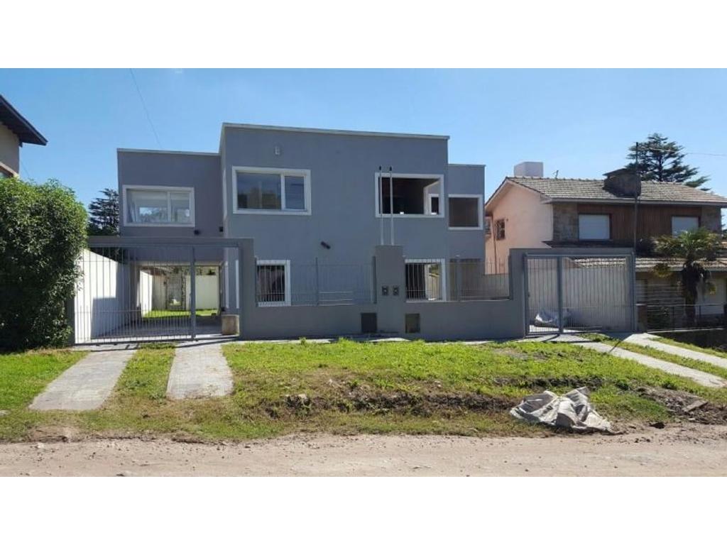Duplex 4 ambientes en 2 plantas A TERMINAR , zona Colinas de Peralta Ramos APTO CRÉDITO.