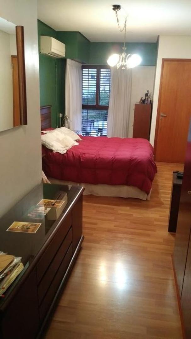 Casa a mts del parque San Martin de 4 dormitorios . - Foto 18
