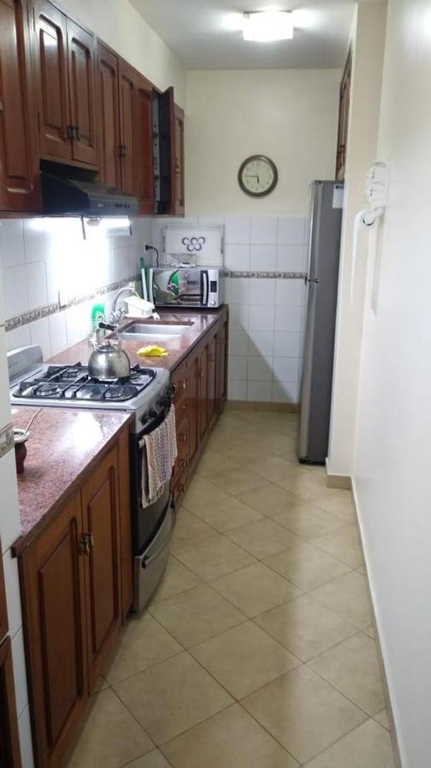 Casa a mts del parque San Martin de 4 dormitorios . - Foto 16
