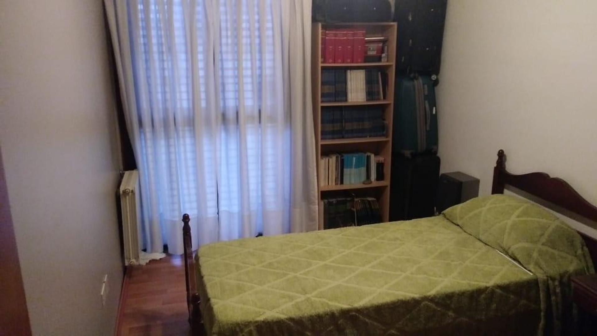Casa a mts del parque San Martin de 4 dormitorios . - Foto 19