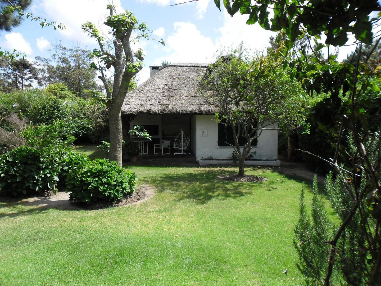 Casa en Venta - 5 ambientes - USD 410.000