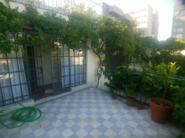 Casa en Alquiler en Chacarita - 6 ambientes