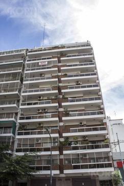 VENTA PISO DE 4 AMBIENTES CON COCHERA Y BAULERA EN BELGRANO