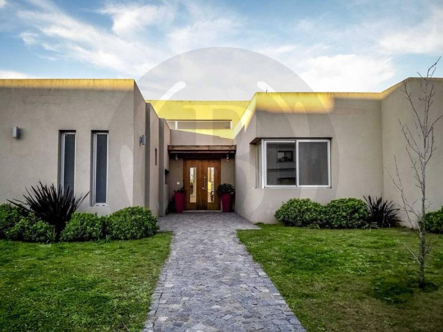 BUSTAMANTE PROPIEDADES - SAN ISIDRO LABRADOR - 7457 Venta Casa