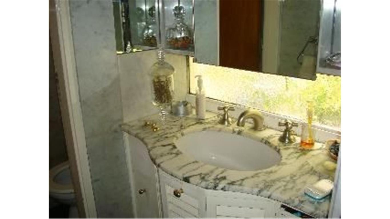 Casa en venta en cuba 4500 nu ez inmuebles clar n for Casa de muebles capital federal