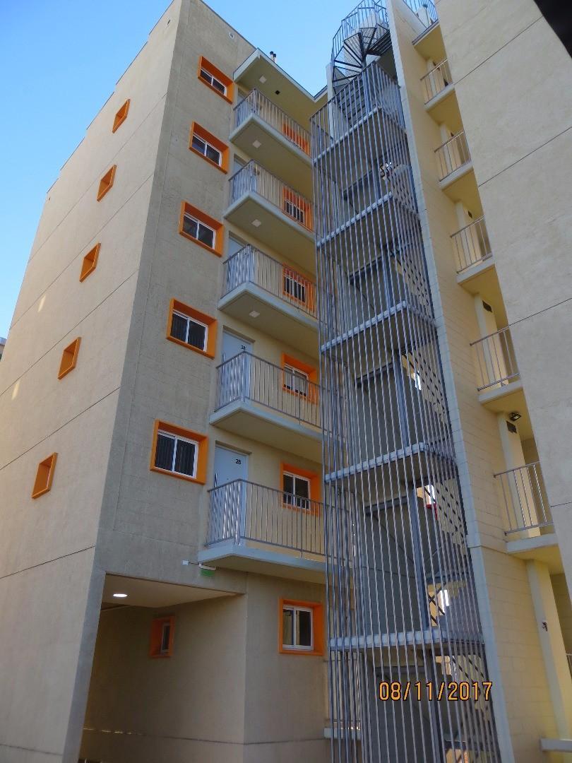 Torre Las Heras, monoambiente. Las Heras 666. San Luis, capital.
