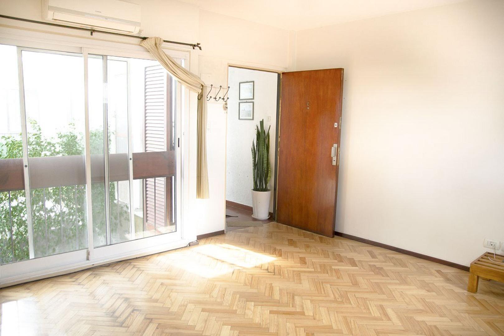 Departamento 2 ambientes en venta en San Isidro !