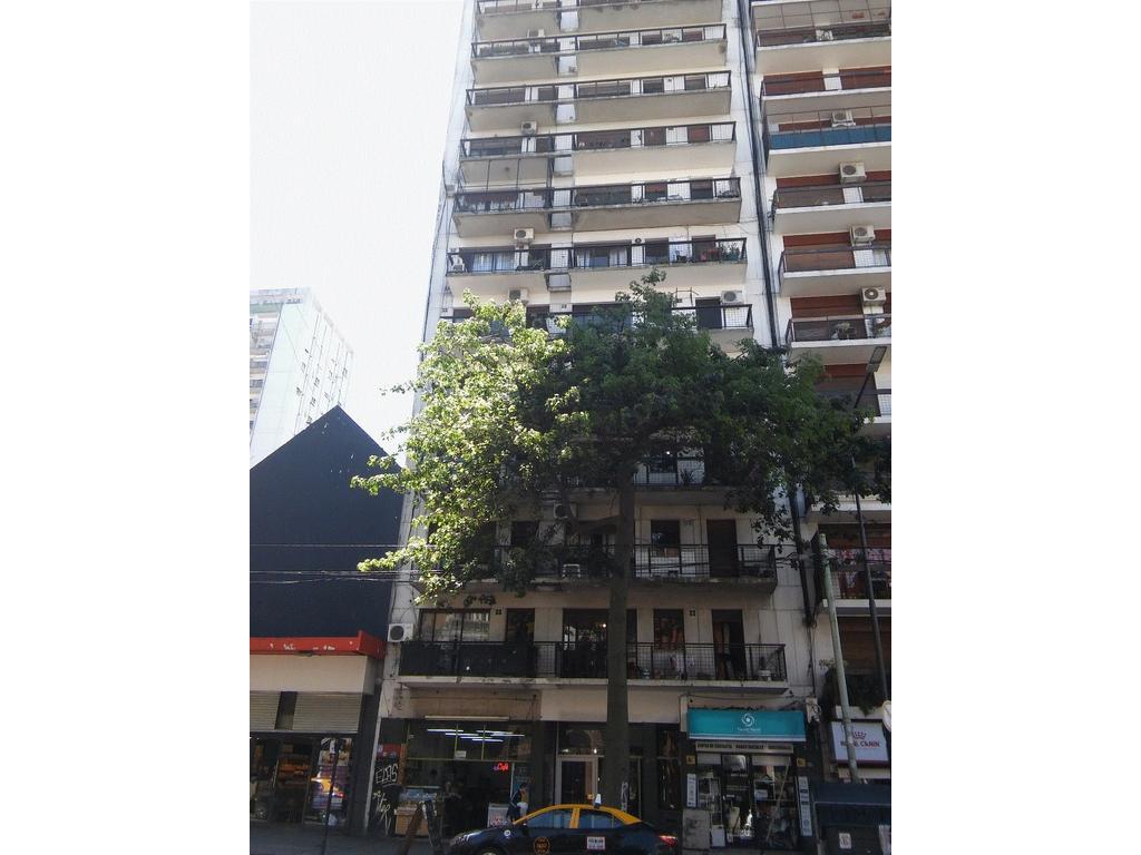 RESERVADO-RESERVADO-Excelente 2 ambientes grandes al Frente con Balcon Corrido y Vista abierta!!!