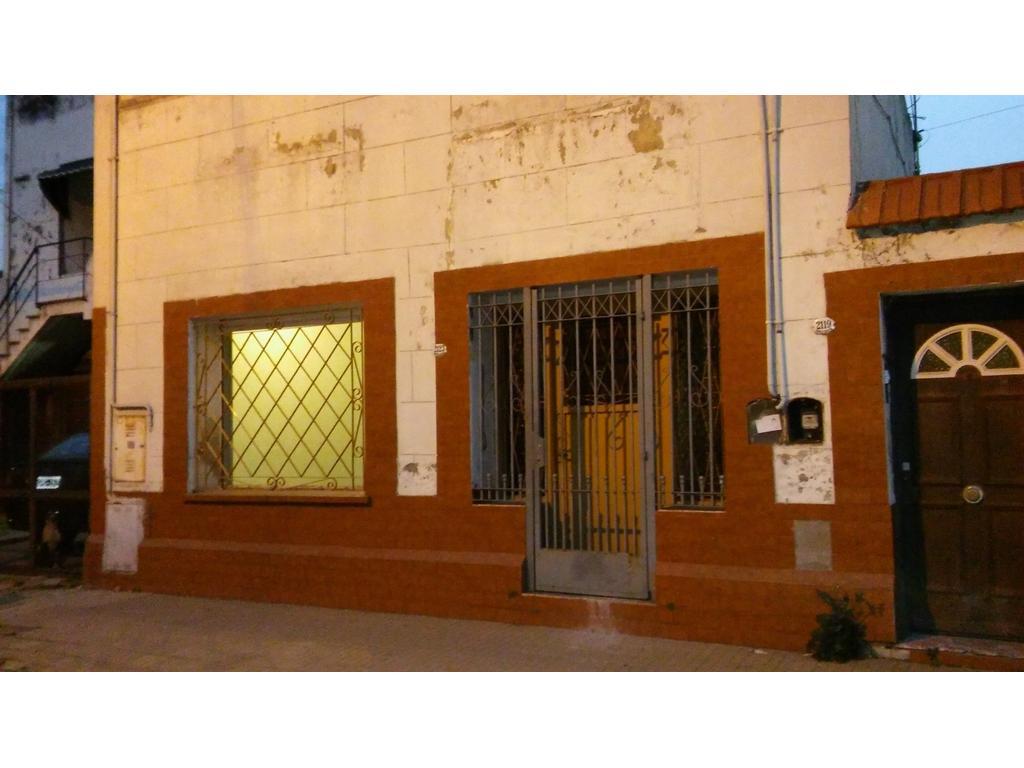 DEPARTAMENTO AL FRENTE 3 AMBIENTES TIPO CASA