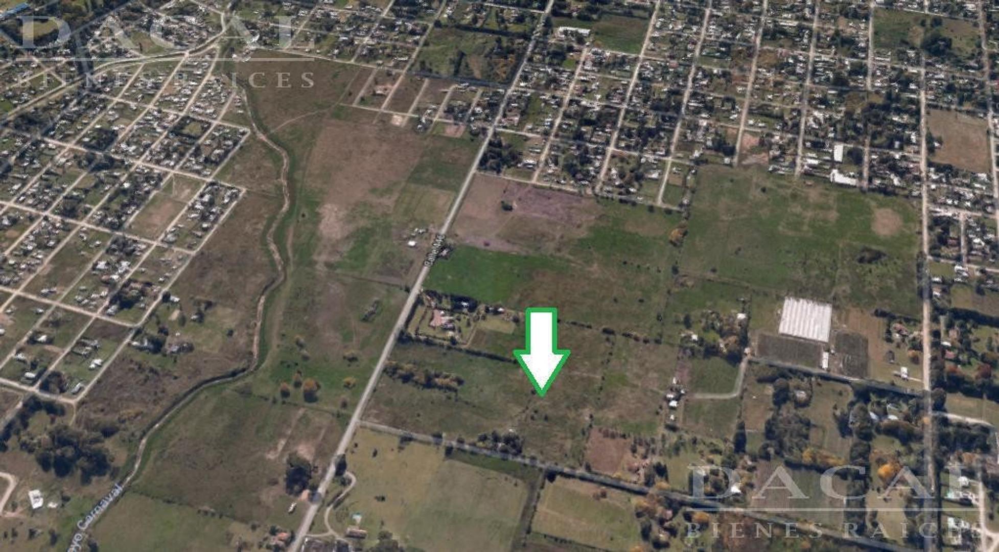 Terreno en venta en  City Bell calle 446 y 135 Dacal Bienes Raices