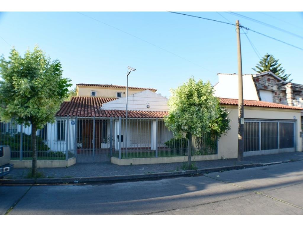 Casa - Venta - Argentina, Villa Sarmiento - ramon lista  AL 100