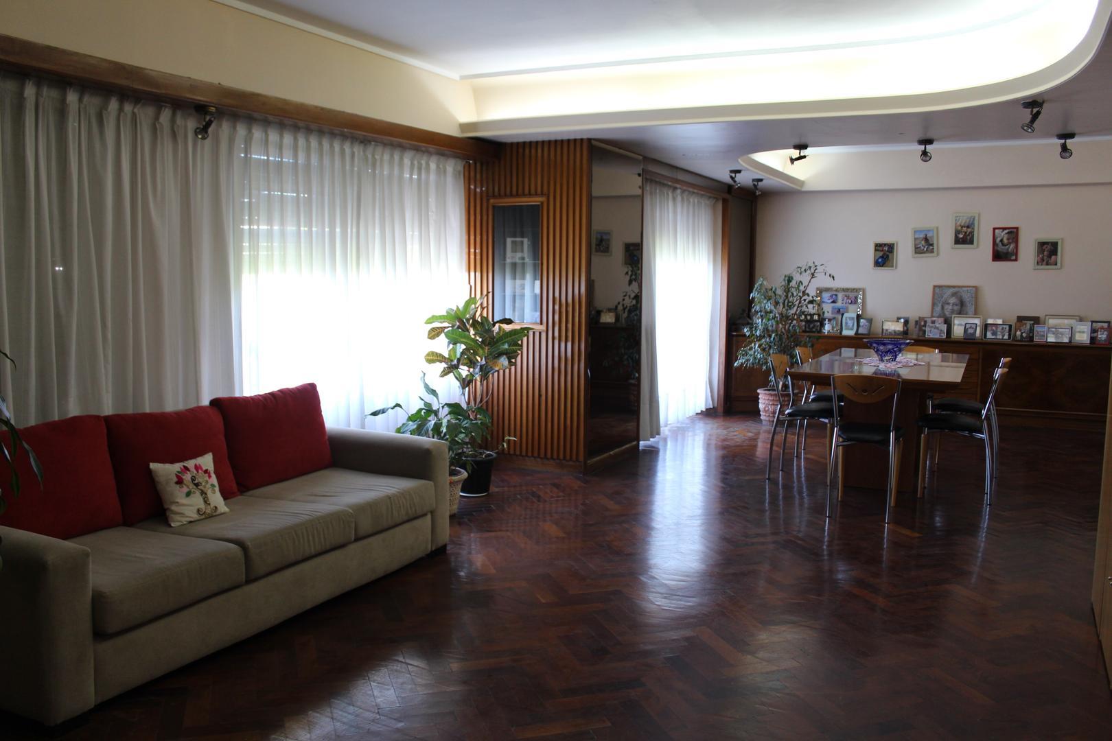 Departamento en Venta en Caballito - 6 ambientes
