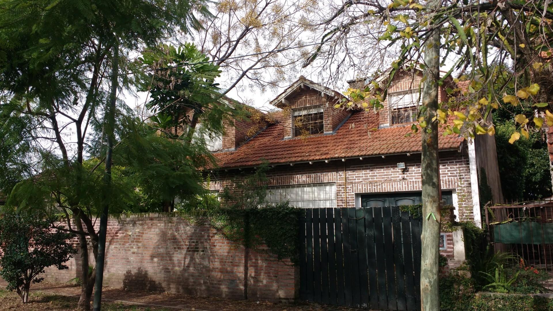 Casa en Venta en Martinez Libertador / Rio - 6 ambientes