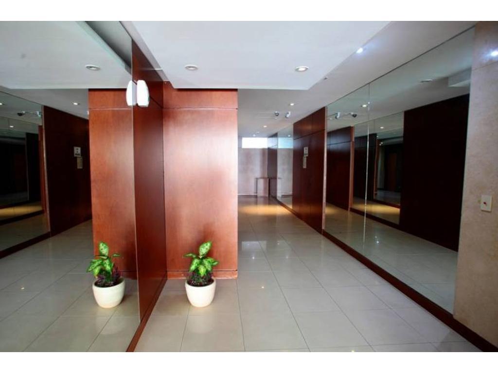 Departamento 2 ambientes con cochera en Belgrano- Apto crédito